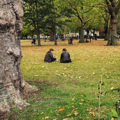 street_autumn_london